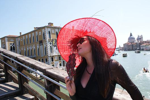 foto-odmor-iskoristila-za-snimanje-dragana-u-veneciji-ekranizirala-novu-pjesmu2